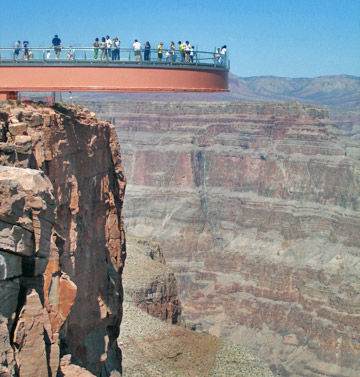 http://www.top10sworld.com/wp-content/uploads/2011/02/grand_canyon_skywalk_031.jpg