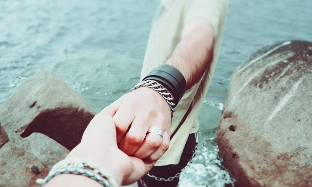 love couples, love relationships, couples holding hands
