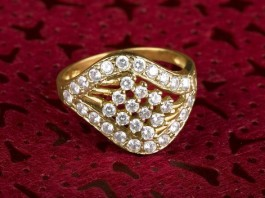 How To Choose A Diamond Engagement Ring, diamond ring
