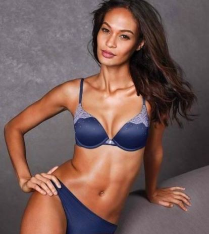 Joan Smalls hot